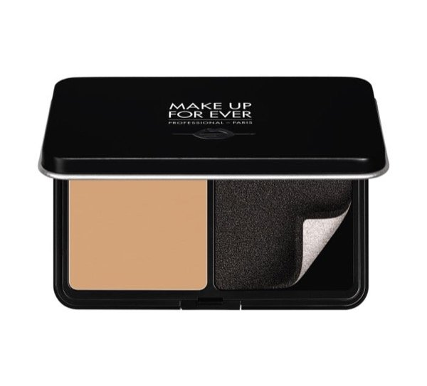 Matte velvet skin blurring powder foundation